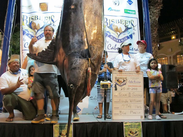 Big Win at Bisbee's Black and Blue Tournament | FISHTRACK.COM