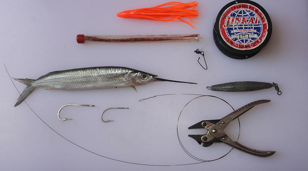 How to Rig a Double-Hook Ballyhoo | FISHTRACK COM