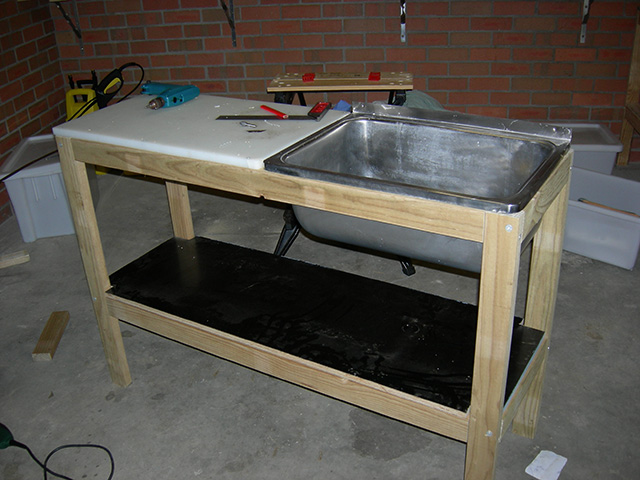 Diy fillet table fishtrack com for Homemade fish cleaning table