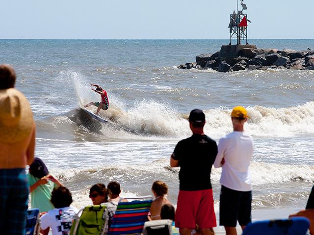 vans pro surf