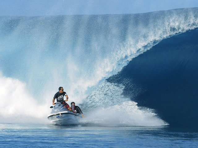 Original Event Director Steve Robertson On How The Teahupoo Event Almo...