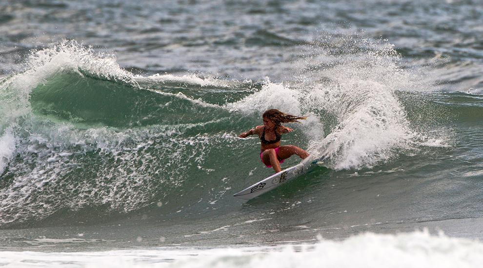 15 Caroline Marks Nathan Adams Esm Gen Surfline