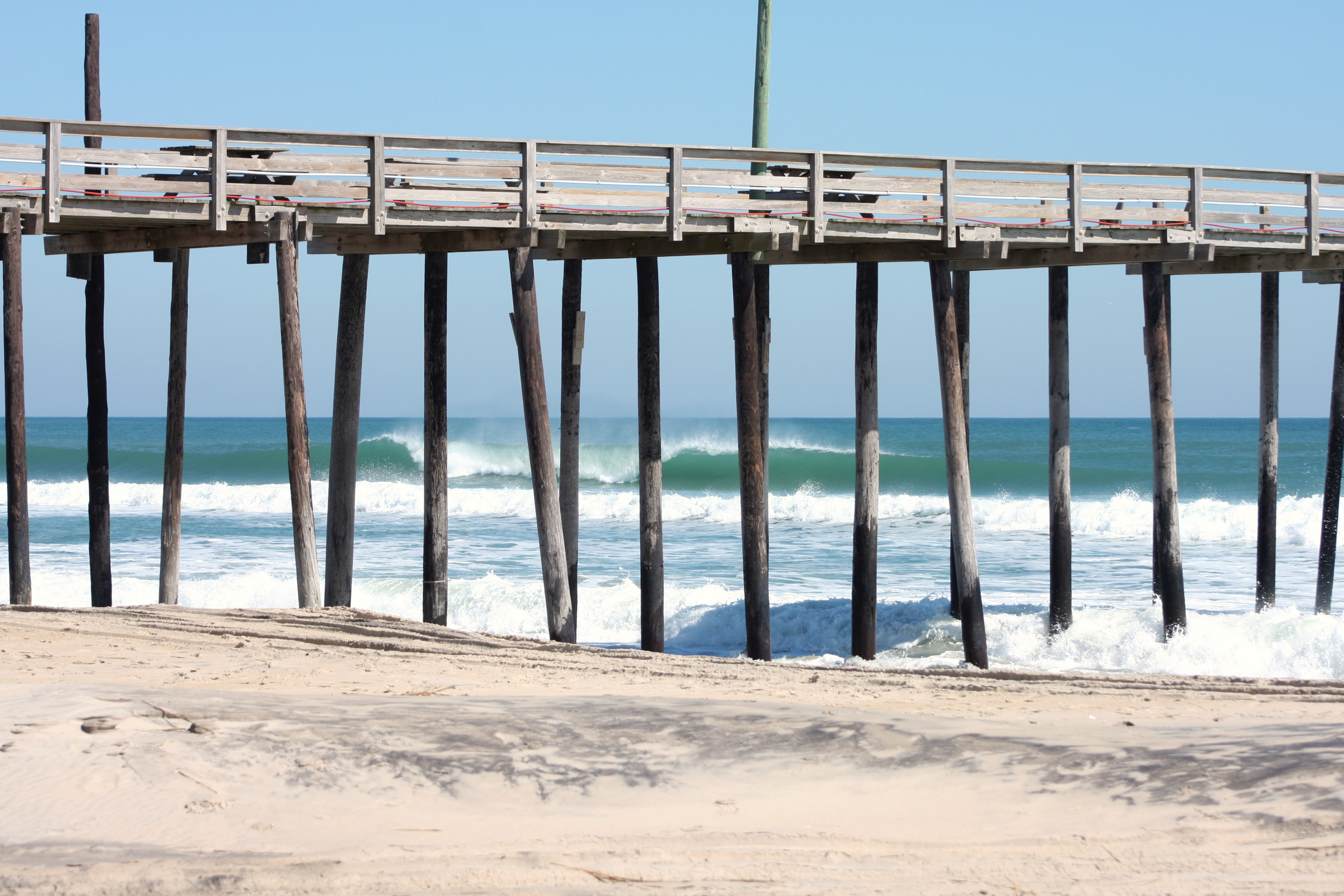 surfline launches new hd surf cam at avon pier