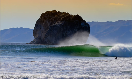 Witches Rock Travel Guide And Directory Surfline Com